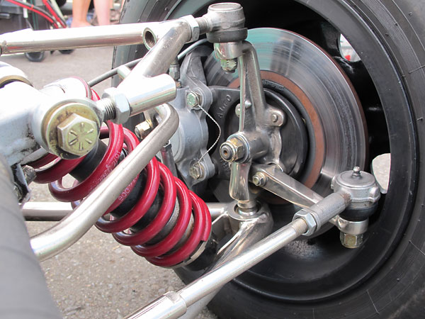 Notice that M.R.D. provided a nice cast aluminum bracket for mounting the brake caliper to the upright.