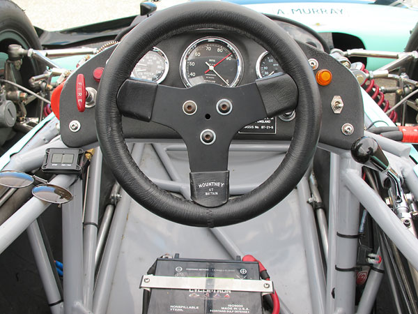 Mountney GT Britain steering wheel.