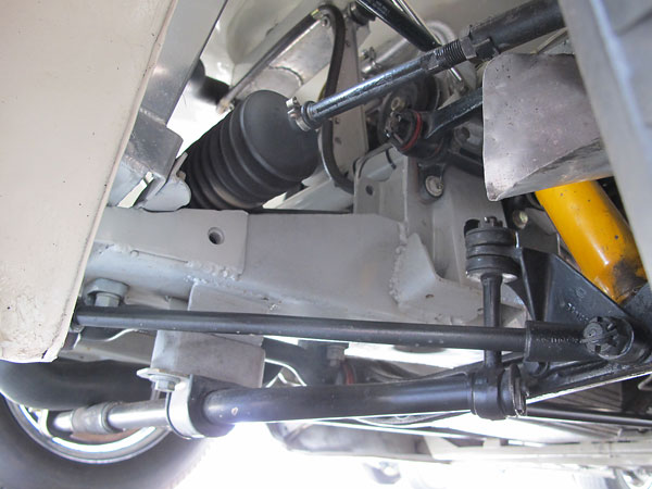 SPAX shock absorbers and red polyurethane bushes (in lieu of rubber) are minor changes.