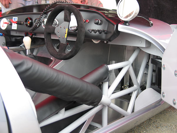 It's normal to see exposed chassis tubes when you open the door of a Ginetta G4.