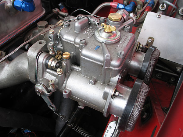 Weber 45DCOE carburetor, with short velocity stacks and screens.
