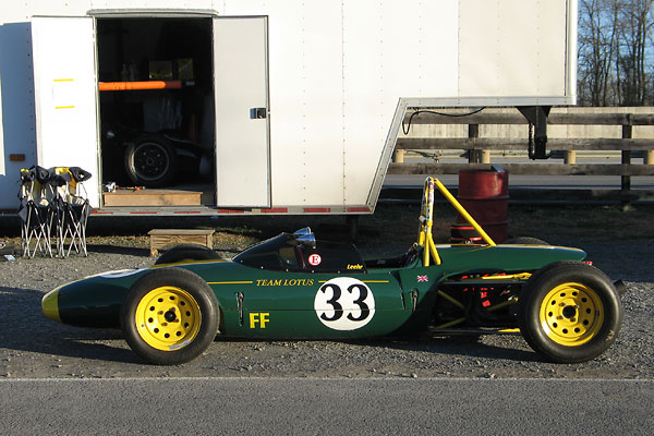 The cigar shape of the Lotus 51a and 51b was replaced with wedge styling for the Lotus 61 model.