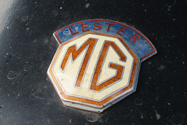 Authentic Lester badges sit like a crown over the familiar octagonal MG emblem.