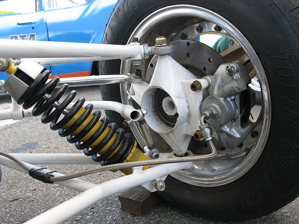 Vintage Formula Ford racecars use steel-bodied shock absorbers. Aluminum shock absorbers are prohibited.