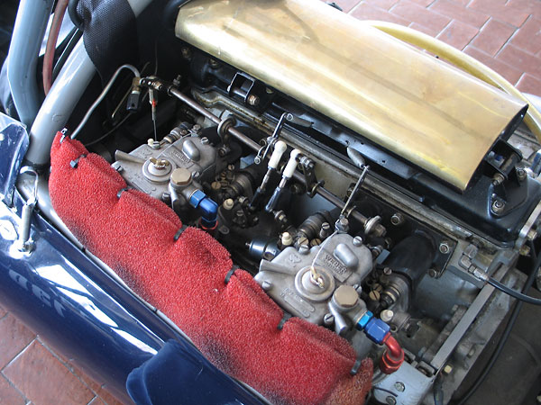 FPF engines were originally supplied with special sand-cast, twin-choke S.U. DU6 carburetors.