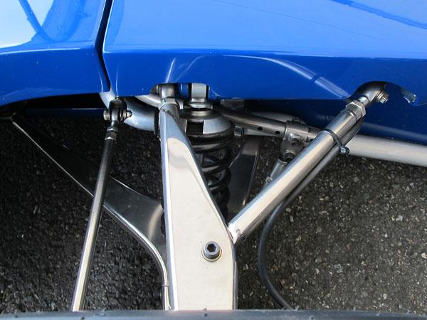 Tyrrell front suspension: simple and it was easy to set-up.