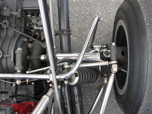 The rear anti-sway bar has been adjusted to its absolute softest setting.