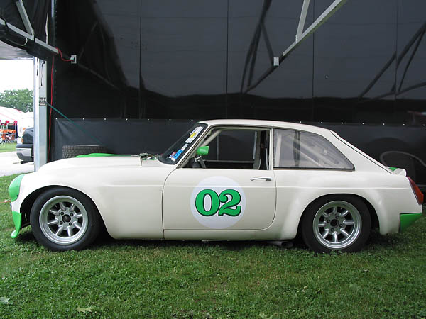 Les and his MGB GT V8