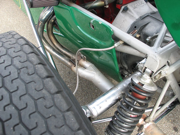 Four-into-Two-into-One (Tri-Y) exhaust header.