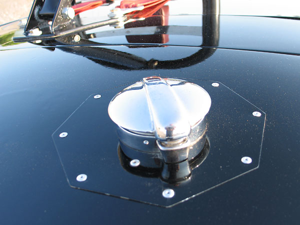 LeMans style fuel filler cap. (Isn't the octoganal plate a nice detail!)