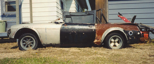 2001: Mike Adams purchased the Super-B in this neglected condition.