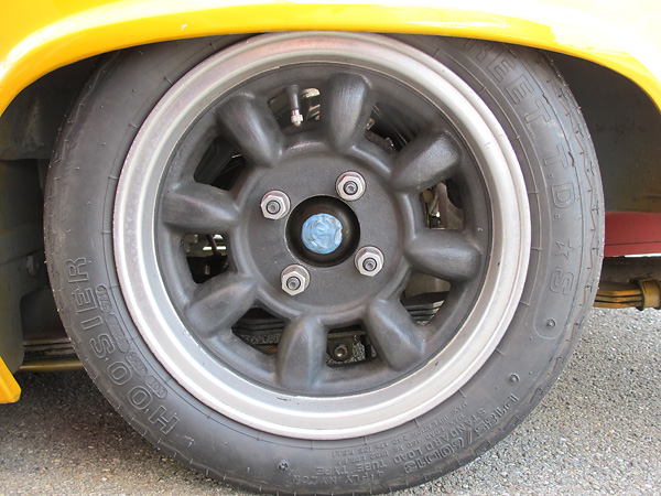Fake Minilite Sports eight-spoke wheels, probably made by Western.