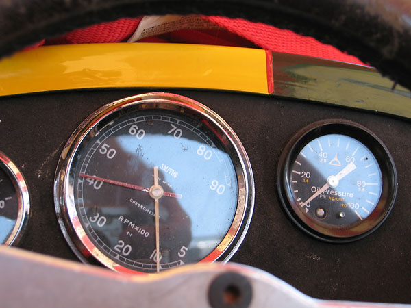 Smiths Chronometric rev counter (500-9000rpm) and oil pressure gauge (0-100psi).