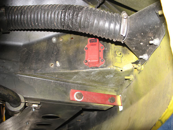 Brake cooling duct. 1 inch anti-sway bar.